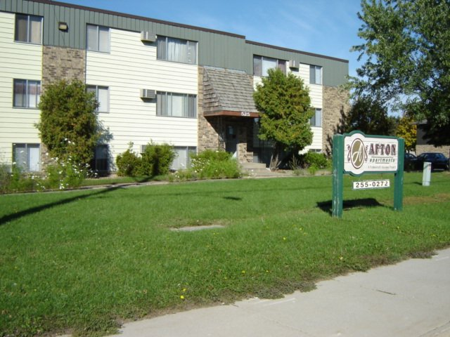 St Cloud 727 Apartments available for rent in the St. Cloud MN area 320-255-0272